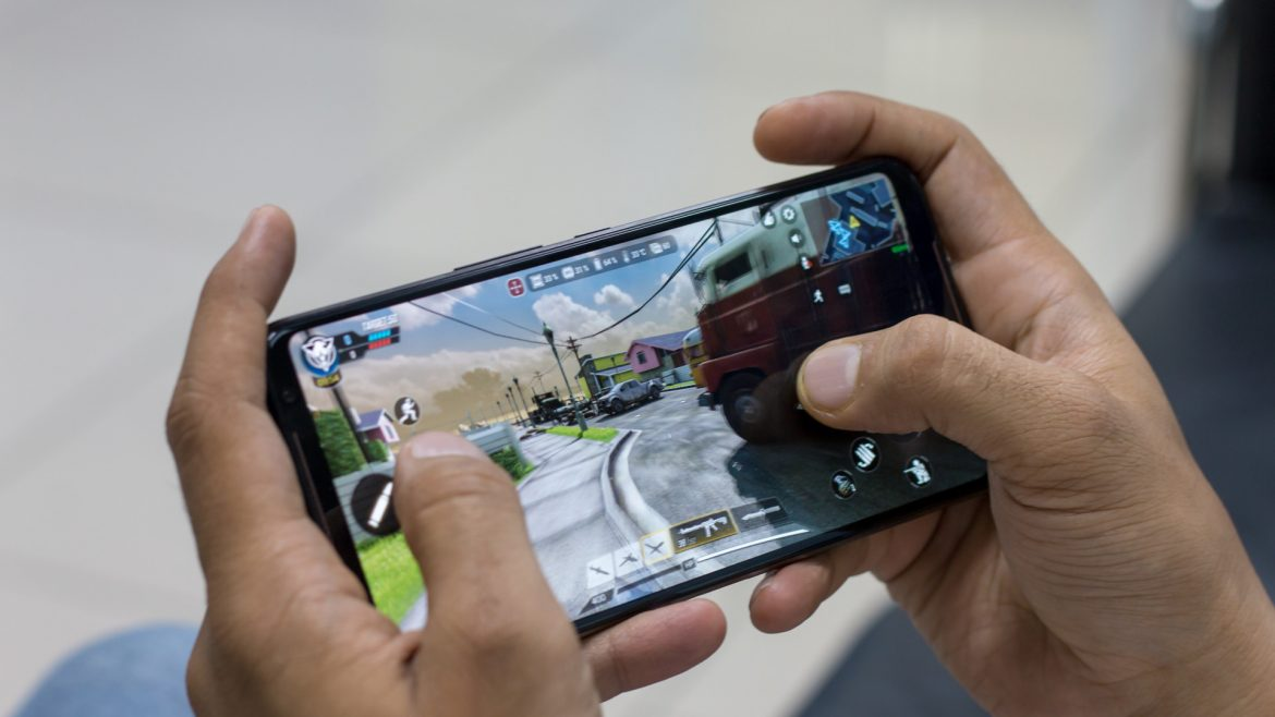 4 Tips To Make You A Smartphone Gaming Pro